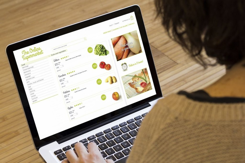 Lady online food shopping